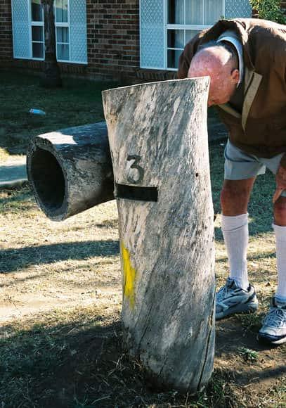 hassall-grove-mailbox-tree-stump-um