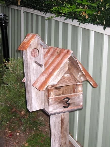 acacia-gardens-mailbox-lookout-tower-um