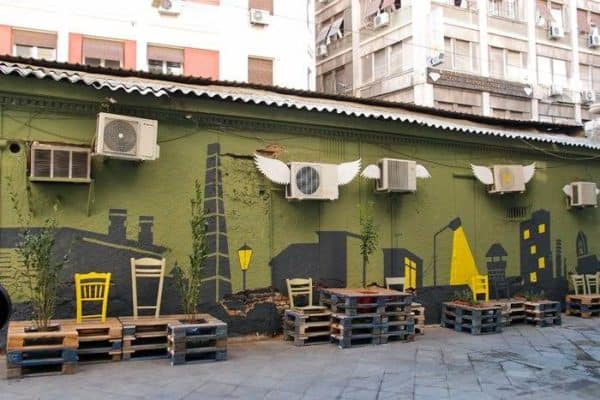 Street Art Conversion with Pallets Do-It-Yourself Ideas Interactive, Happening & Street Art