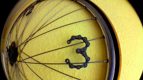 Recycled Bike Wheel Clock Bike & Friends