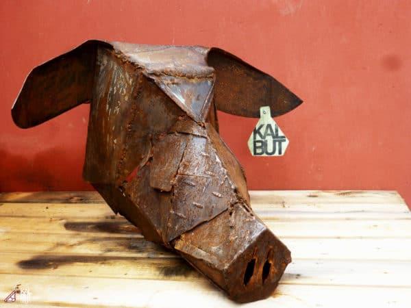 Design et sculpture par KALBUT DSGN / Design and scupture by Kalbut DSGN Recycled Furniture
