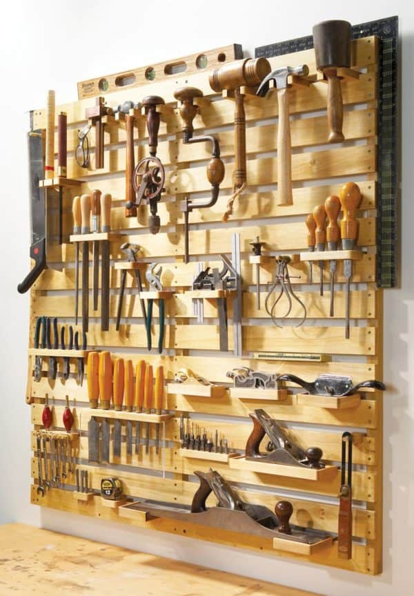 Hold Everything Pallet Tool Rack Do-It-Yourself Ideas Recycled Pallets