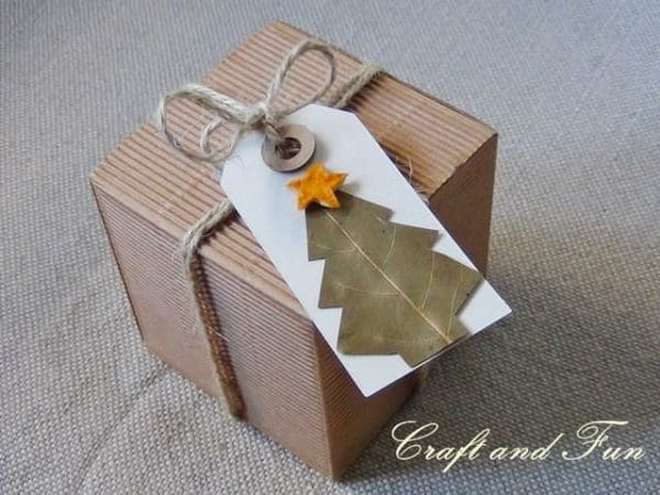 DIY: Make Nice Christmas Gift Tags Do-It-Yourself Ideas Recycled Cardboard