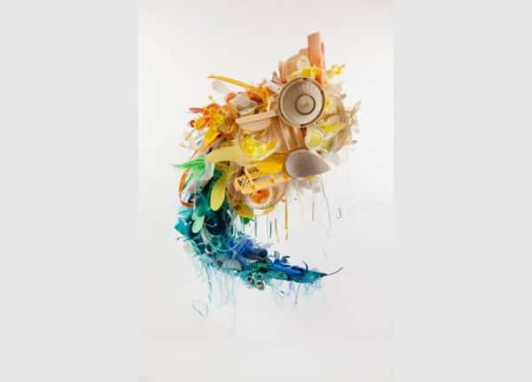 Beautiful Pieces Of Art From Discarded Plastic By Aurora Robson Recycled Art Recycled Plastic