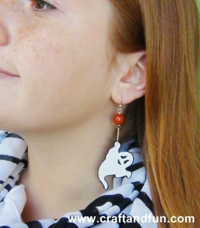 Halloween – How to make recycled plastic earrings