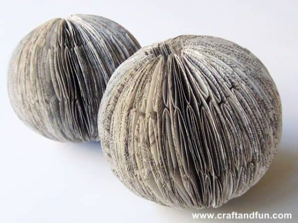 Recycled Book Crafts - DIY Christmas Balls Do-It-Yourself Ideas Recycling Paper & Books