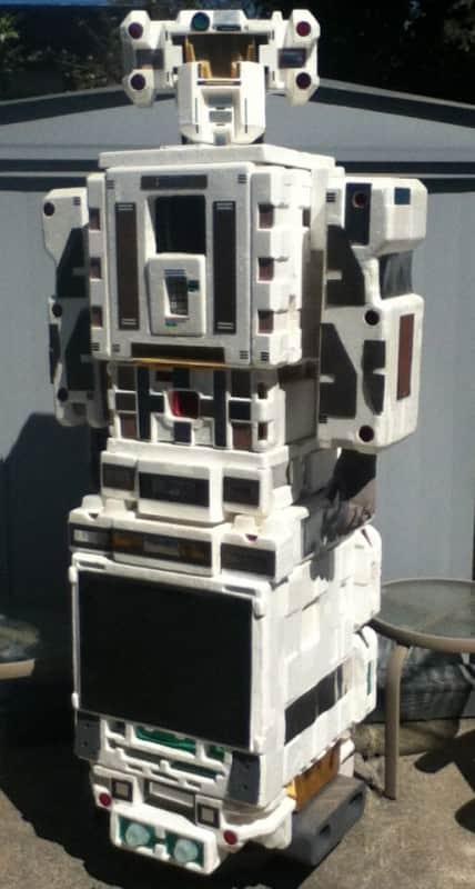 Styrofoam Robot Sculpture Named Styrobot Do-It-Yourself Ideas
