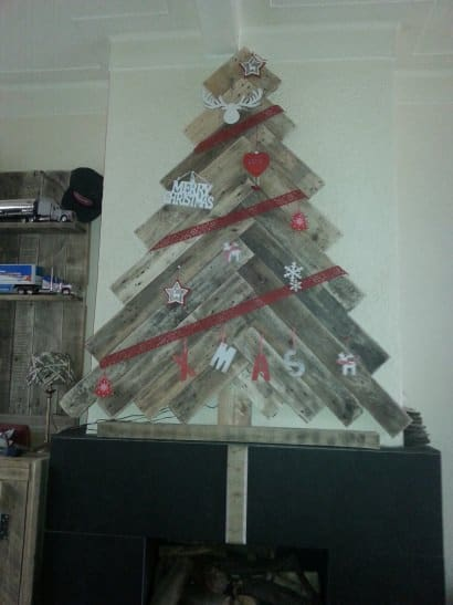 Christmas trees from pallets