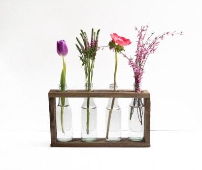 Bottle vase holder