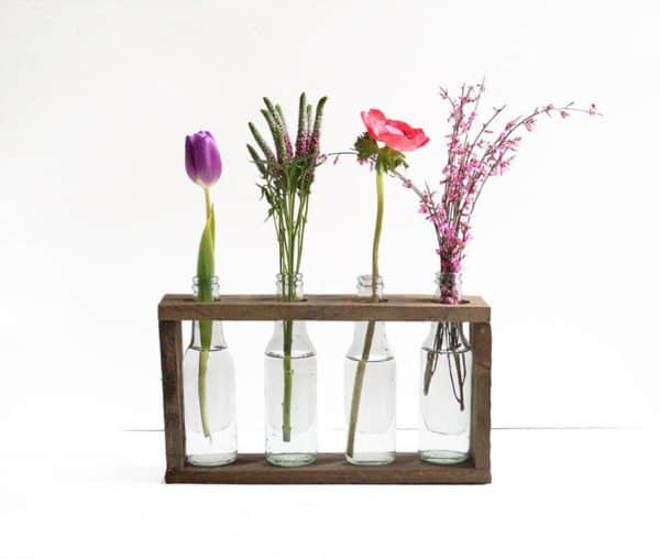 Bottle vase holder Do-It-Yourself Ideas Recycled Pallets