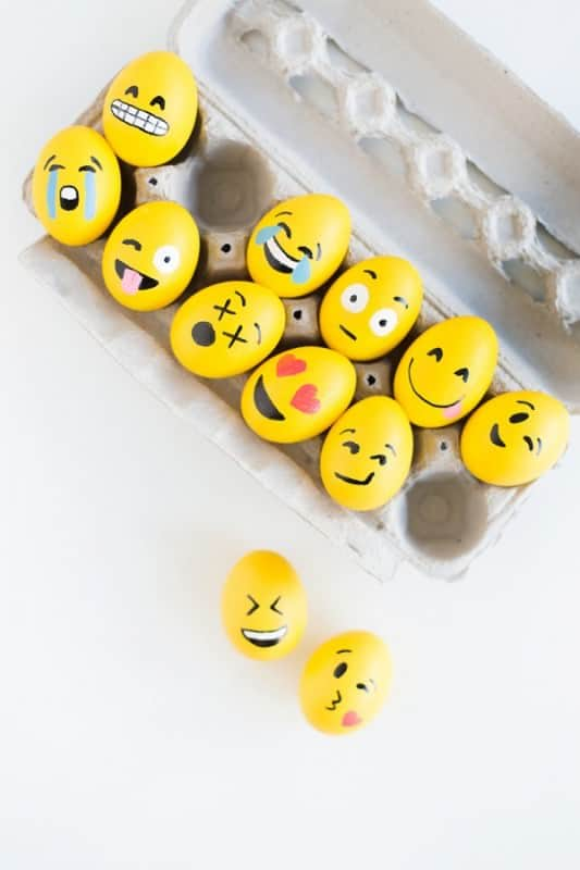 Diy: Emoji Easter Eggs Do-It-Yourself Ideas