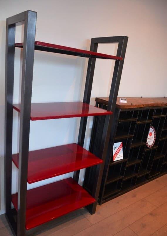 Etagère Métal Et émail Au Design Epuré / Design Metal And Enamel Bookshelf Recycled Furniture
