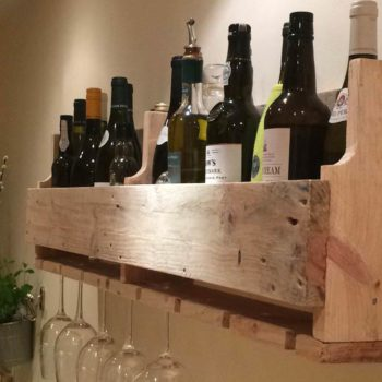 Simple Reclaimed Pallet Wine Rack