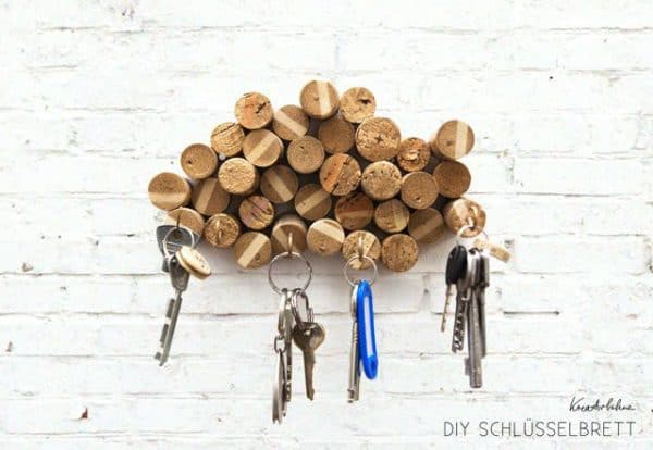 Diy: Upcycled Corks Key Rack Do-It-Yourself Ideas Recycled Cork