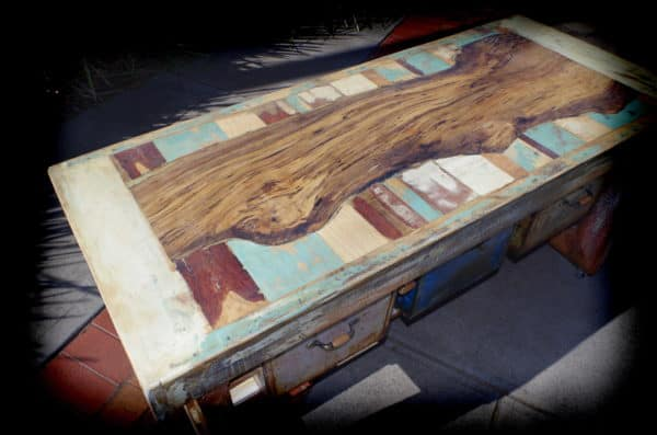 Pallet, Timber, Rusty boxes, And Paint From The Bin To Make A Great Table Recycled Furniture