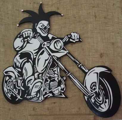 Joker Motorcycle Made From Recycled Pallet
