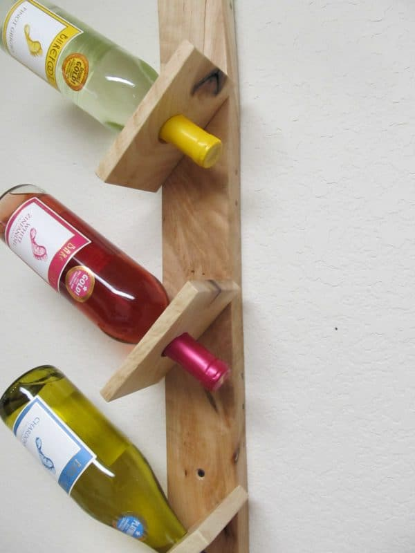 Wine Bottle And Glass Display Made Out Of Pallets Accessories Recycled Pallets