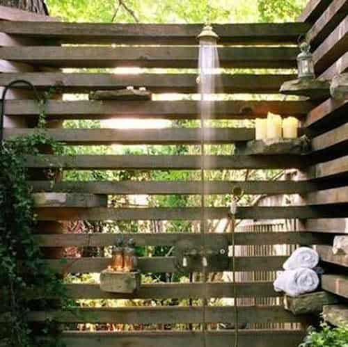 16 DIY Outdoor Showers For This Summer • Recycled Ideas