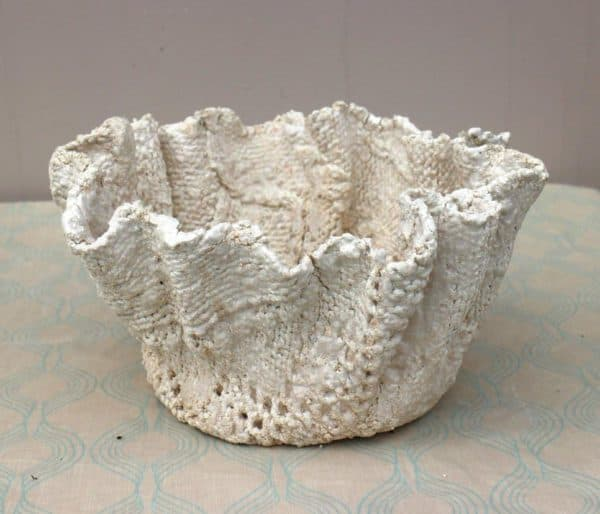 Transform An Old Jumper Into A Concrete Pot Accessories Do-It-Yourself Ideas