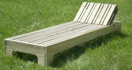 DIY: Garden Lounge Chair (Video + Tutorial)