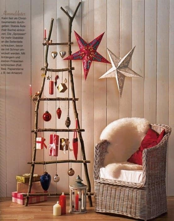 Alternative & Easy Wall Christmas Tree Ideas Do-It-Yourself Ideas