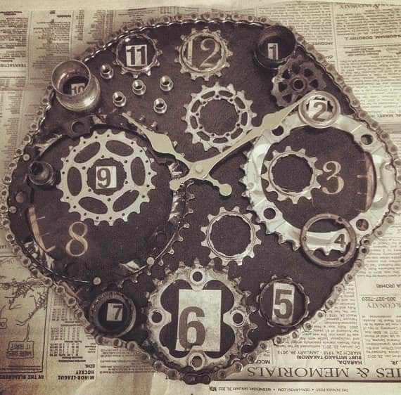 Clock From Upcycled Bike Parts Upcycled Bicycle Parts