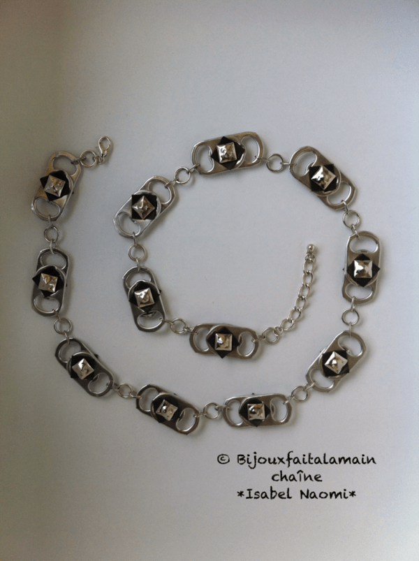 Necklace Out of a Bicycle Inner Tube & Soda Can Tabs Upcycled Jewelry Ideas