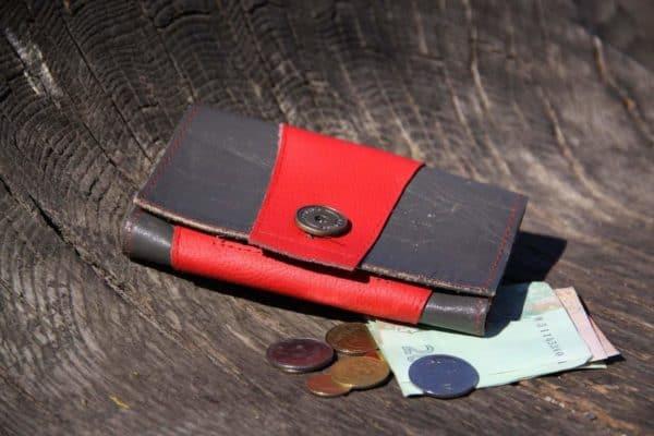 Leather Scrap Into Purse Accessories Do-It-Yourself Ideas