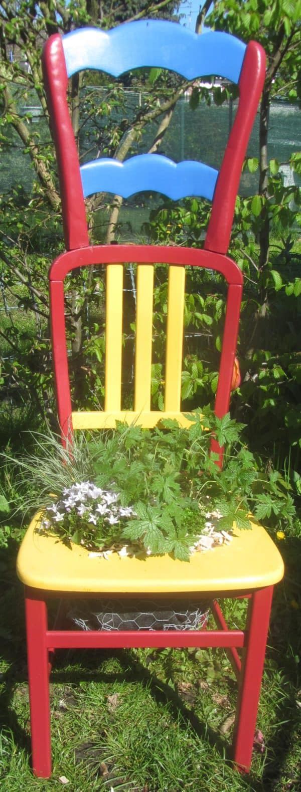 Chaise Végétalisée / Planter Chairs Garden Ideas Recycled Furniture