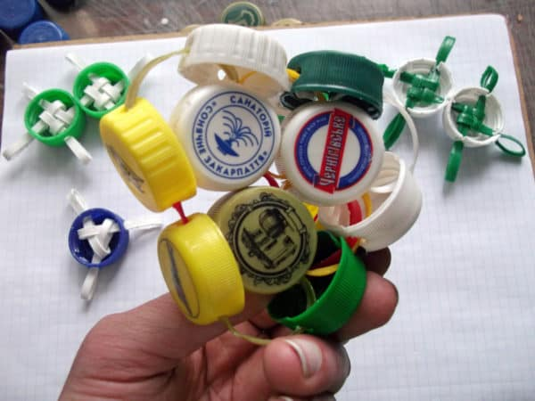 The Bottlecap Experiment #1 Do-It-Yourself Ideas Recycled Plastic