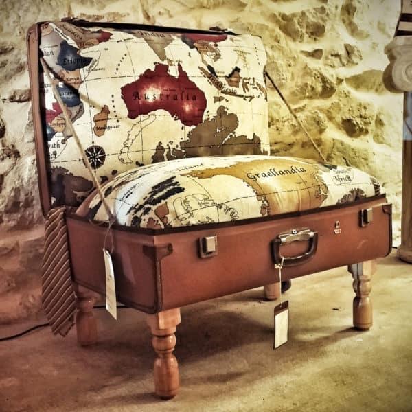 Poltrigia The Suitcase Armchair / Poltrigia La Poltrona Valigia Home & décor Recycled Furniture