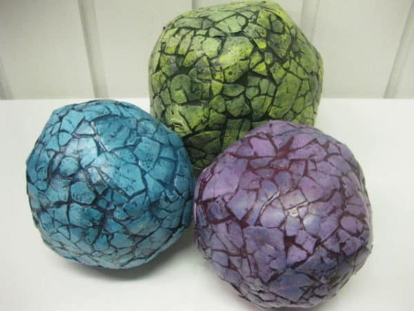 Decorative Balls Out Of Newspapers & Eggshells Recycled Art Recycling Paper & Books