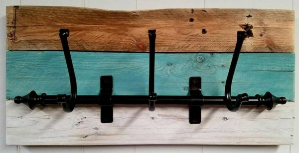 Stylish Pallet Wood Shelf Idea Into Useful Coat Racks Home & décor Recycled Pallets