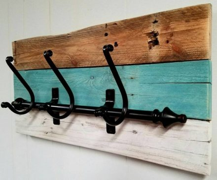 Stylish Pallet Wood Shelf Idea Into Useful Coat Racks
