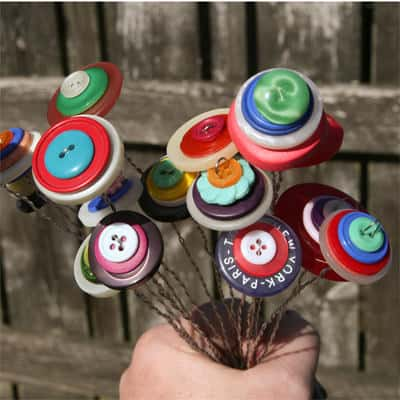 Button Flower Bouquet Do-It-Yourself Ideas