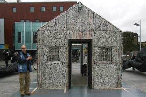 newspaper-house