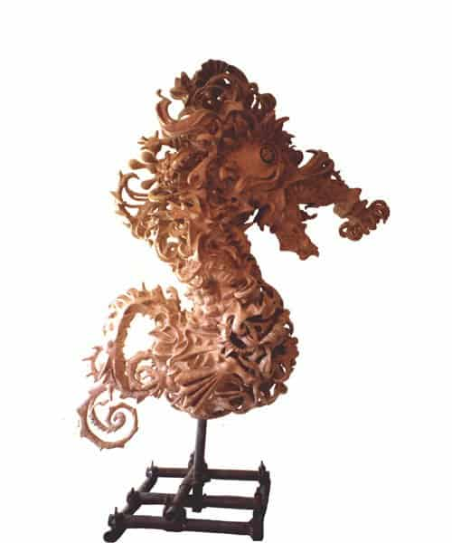 The Seahorse Sculpture – The Worlds Most Complex Papier-mache Sculpture Recycled Art Recycling Paper & Books