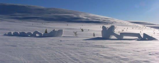 snow-sculpture3