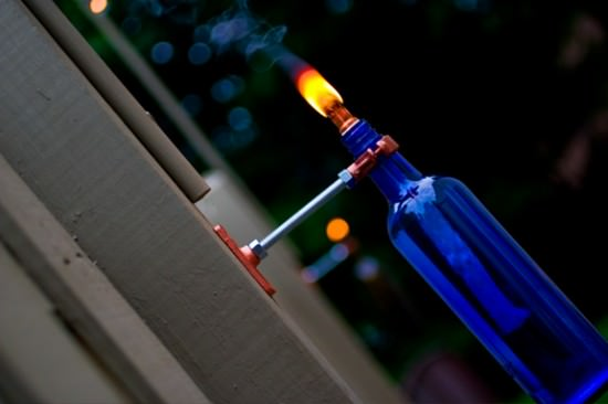 Diy : Recycled Bottle Torch Do-It-Yourself Ideas Recycled Glass