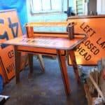 Signs Desk