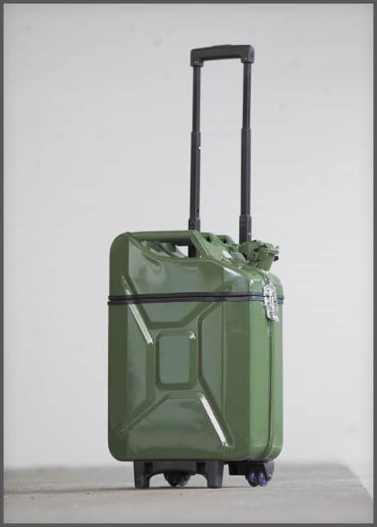 Gascases: Jerry Cans Into Suitcases Accessories