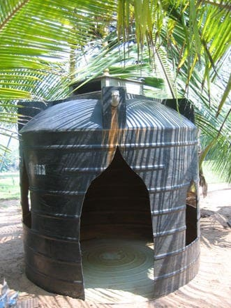 kids house watertanks2