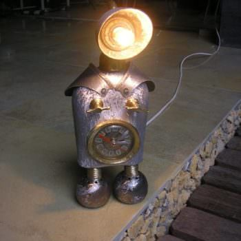 Iron Penguins Lamp
