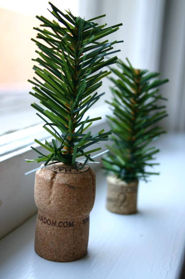 Diy: Tiny Trees From Upcycled Corks Do-It-Yourself Ideas Recycled Cork