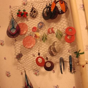 Earrings Holder Out Of Upcycled Mesh