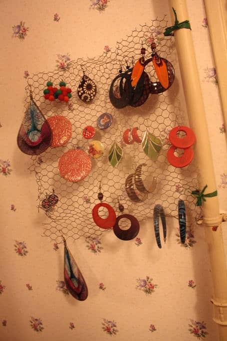 Earrings Holder Out Of Upcycled Mesh Accessories Recycling Metal