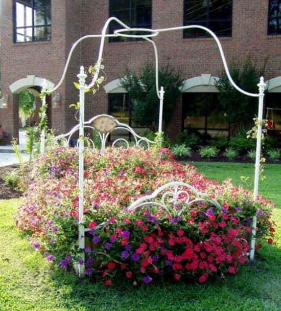 Flower Bed Do-It-Yourself Ideas Recycling Metal Wood & Organic