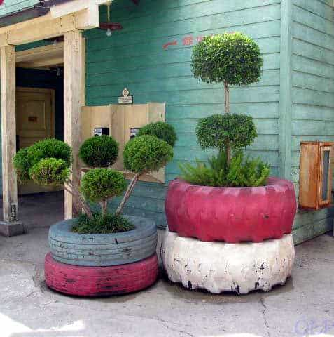 Tire Planters Do-It-Yourself Ideas Recycled Rubber