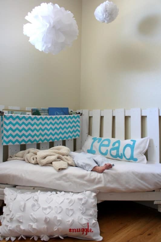 Diy Pallet Reading Nook Recyclart