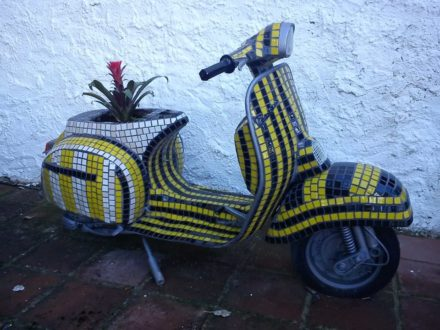 Vespa Flower Power